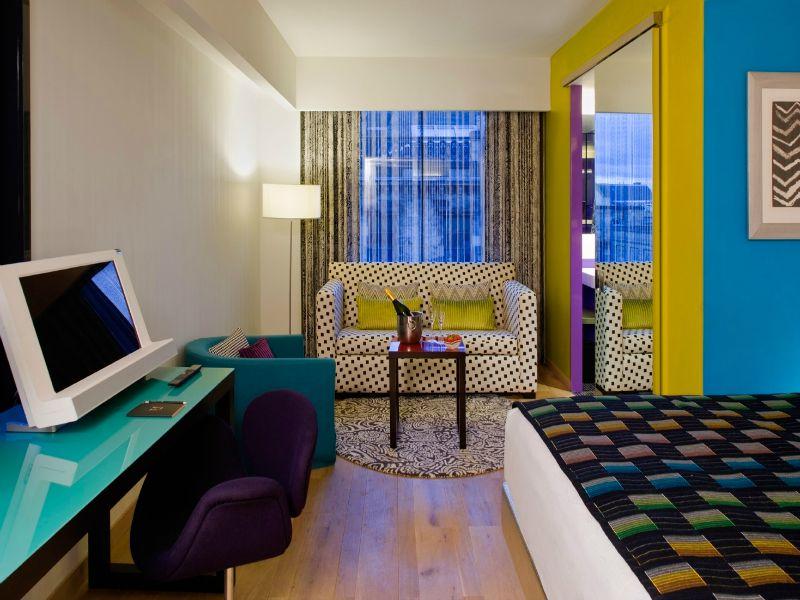 00 G&V guest room