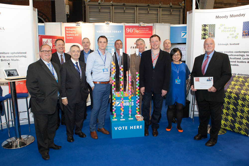 Start Up Hub group picture with fellow finalists, sponsors and organiser