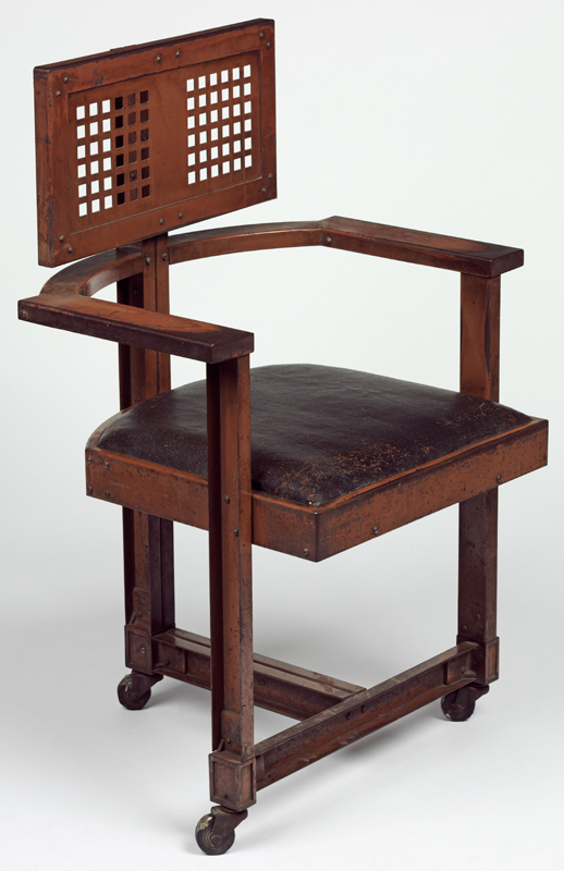 Office chair, designed by Frank Lloyd Wright, 1904. Photo@ V&A Museum
