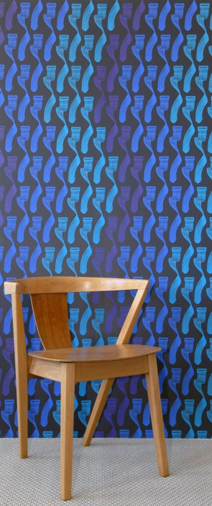 Geometry Blues/Purple on Black (S)