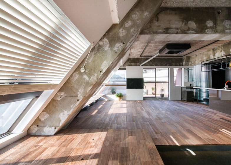 Tokyo-Loft-G-architects-studio-Apartment_dezeen_784_13