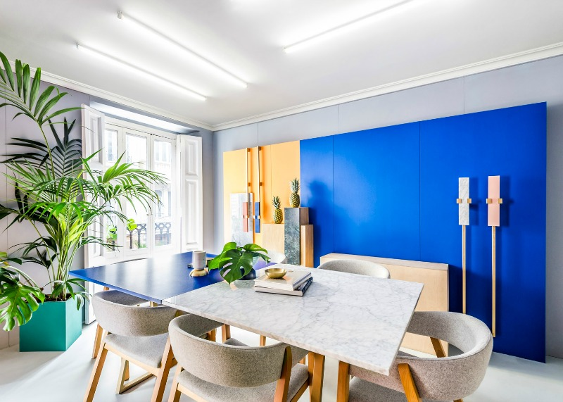 blog1_masquespacio-colourful studio-interior-design