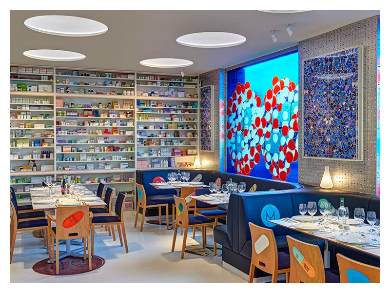 blog3_damien hirst_pharmacy restaurant