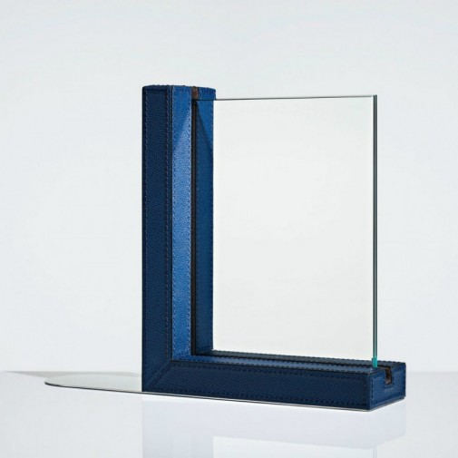 blog5_linley_photograph bookend